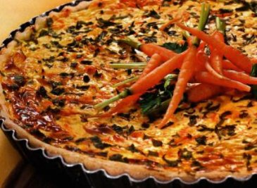 киш с перцем и морковью