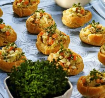Детский рецепт: профитроли с картофельным салатом