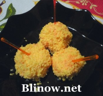 Морковные шарики с сыром