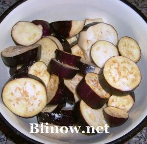 Фото-рецепты салатов из баклажанов на зиму: Острая закуска из баклажанов.